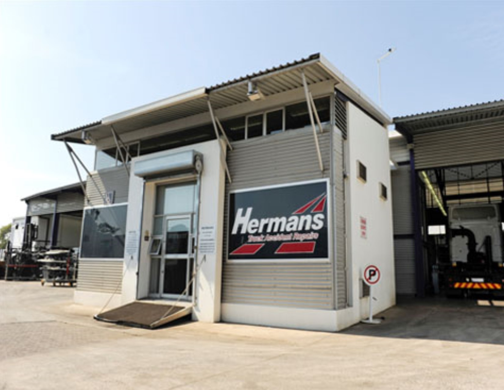 Hermans Truck Accident Repairs